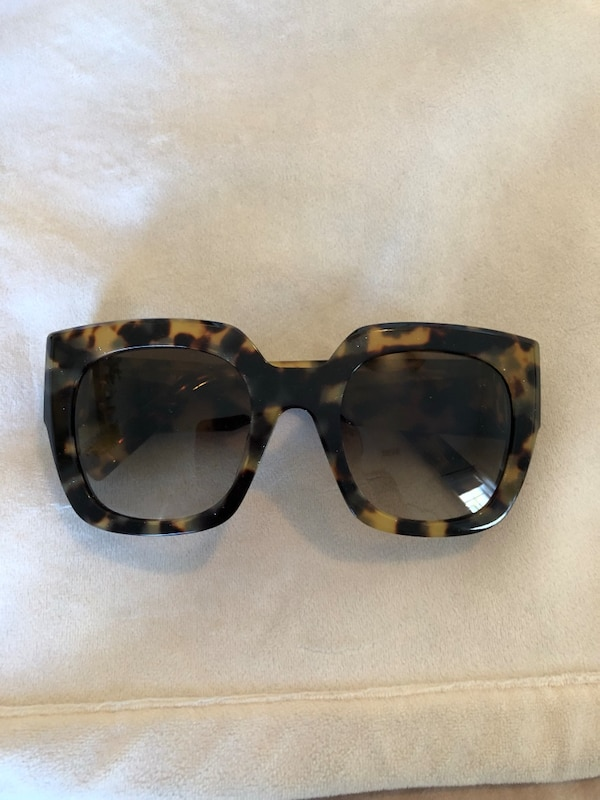 a01810c81e5c Used Marc Jacobs Women's Sunglasses for sale in Andover - letgo
