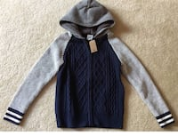 Gap boy's brand new sweater size 8 and Columbia winter hat