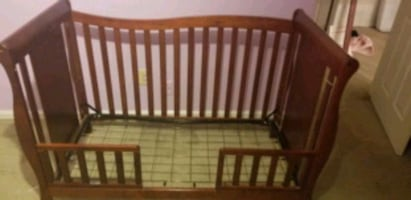 2 in 1 crib and mattress