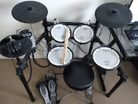 Roland Electric Drums + Double Bass Pedal and Studio Headphones