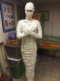6' mummy. Great prop!  Towson, 21204