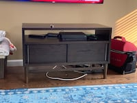 Dark brown wooden tv stand Pleasant Hill, 94523