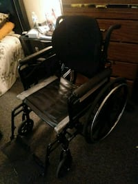 Invacare wheel chair with foot rests Cumberland, 02864