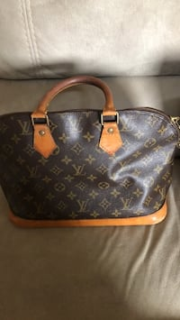 monogrammed brown Louis Vuitton leather tote bag El Paso, 79938