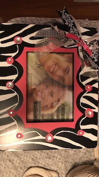 7x5 pink and black photo frame Thibodaux, 70301