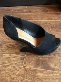 Anthropologie Black Platforms - Size 9, comes with shoe bag Cambridge