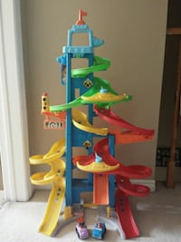 Toy car ramp! (Comes with both cars) Halton Hills, L7G 5H5