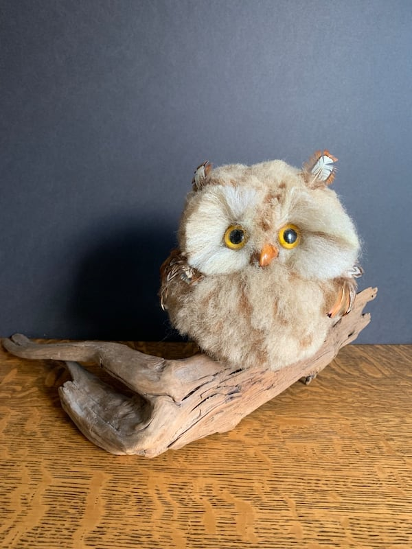 Vintage Faux Owl Perched on Driftwood Mid-Century Kitschy Home Decor 6f011f07-a79a-4aea-8b15-a24e83347b34