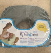 PRICE DROP - Twins Plus My Breast Friend Breast Feeding Pillow Mississauga, L5B 0C5