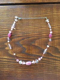 white and pink beaded necklace Beverly, 01915