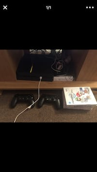 ps4 with a lot of games on system & a wii  Fort Washington, 20744