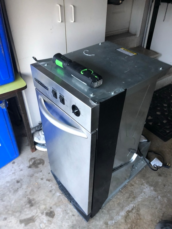 Used Kitchen Aid Trash Compactor For Sale In Richmond Hill Letgo