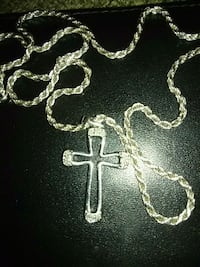 Silver cross necklace Middletown, 10941