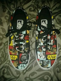 Special editionStar wars Vans Womens 7.5 brand new