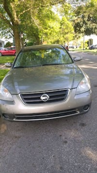 Nissan - Altima - 2003 Montreal