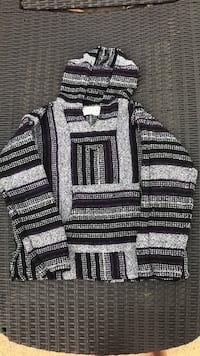 Knitted sweat shirt size small Griffin, 30224