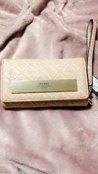 GUESS Los Angeles Wallet/Wristlet