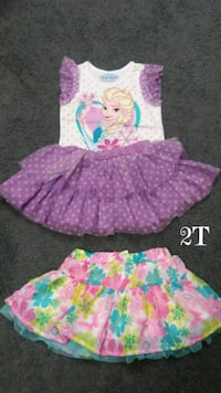 Girls 2T summer outfits,  see pics $15 Monroeville, 15146