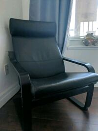 black leather padded rolling chair Toronto, M4Y 0A3