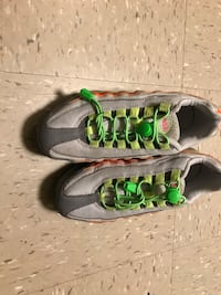 Nike Air Max size 4Y New York, 11367
