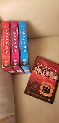 """Frieds TV show, 3 box set and one """" the best """""""