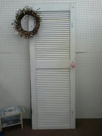 Shabby Vintage Louvered Door Mesa
