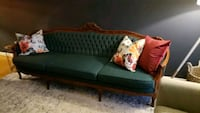 French provincial sofa- great condition  Mississauga, L5B