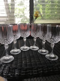 PRICE Reduction!! - 6 Real Crystal Wine Glasses : now $15