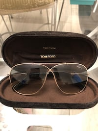 TOM FORD AUTHENTIC SUNGLASSES Toronto, M4K 3J3