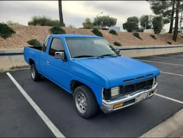 1990 nissan hard body pick up truck