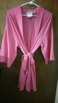 pink and white long-sleeved dress Reno, 89502