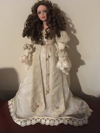 Victorian Collectible doll South River, 08882