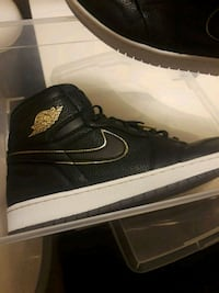 Jordan Ones black and gold Mint Condition size 13 Liverpool, 13090