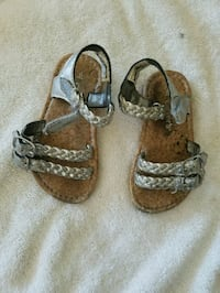 Toddler girls silver summer sandals size #6 Chicago, 60652