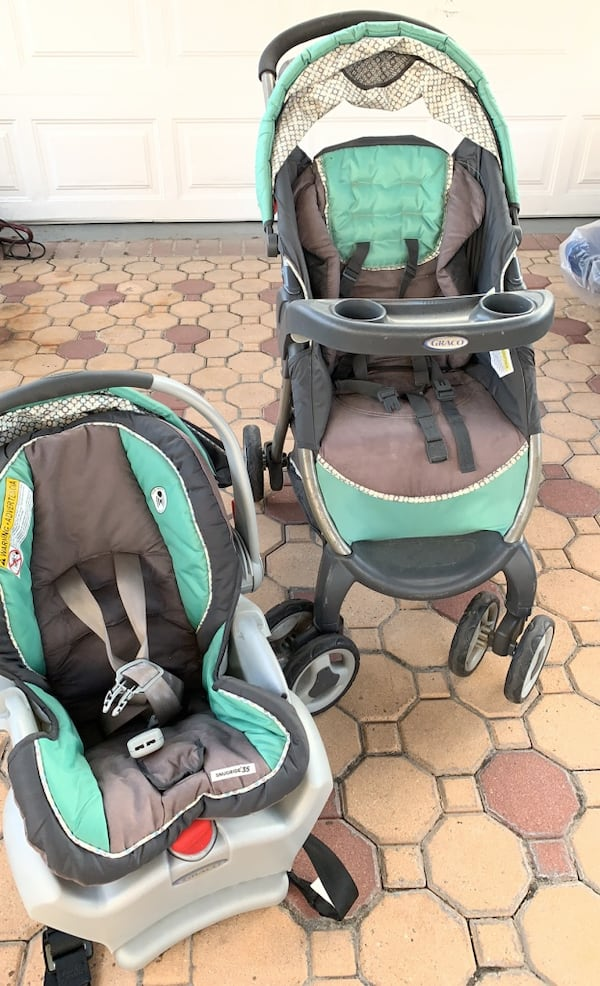 Sold Graco Baby Stroller And Car Seat Combo Pick Up Only In New