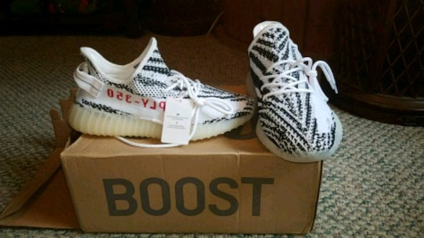 020f6247a Used Size 11 zebra Adidas yeezy boosts 350 for sale in Gig Harbor - letgo