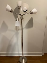 Stand up lamp. Light bulbs included