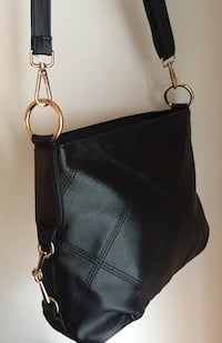 black leather 2-way bag Montreal