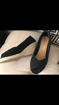 FREE open toe wedge espadrille size 9 Laval, H7K 3X4
