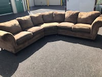 Nice 3 piece sectional FREE DELIVERY! Portland, 97266
