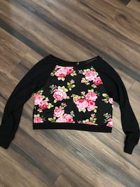 Flower sweater long sleeves crop top size large