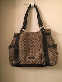 Great purse, great condition, lots of zippers and compartments Monterey, 93940