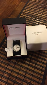 Brand new watch never been used best for Christmas gift no trading only cash