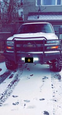 2002 Chevy 2500HD!!! Forest Lake, 55025