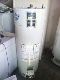 Whirlpool water heater gas 50 gallons  Rialto, 92376