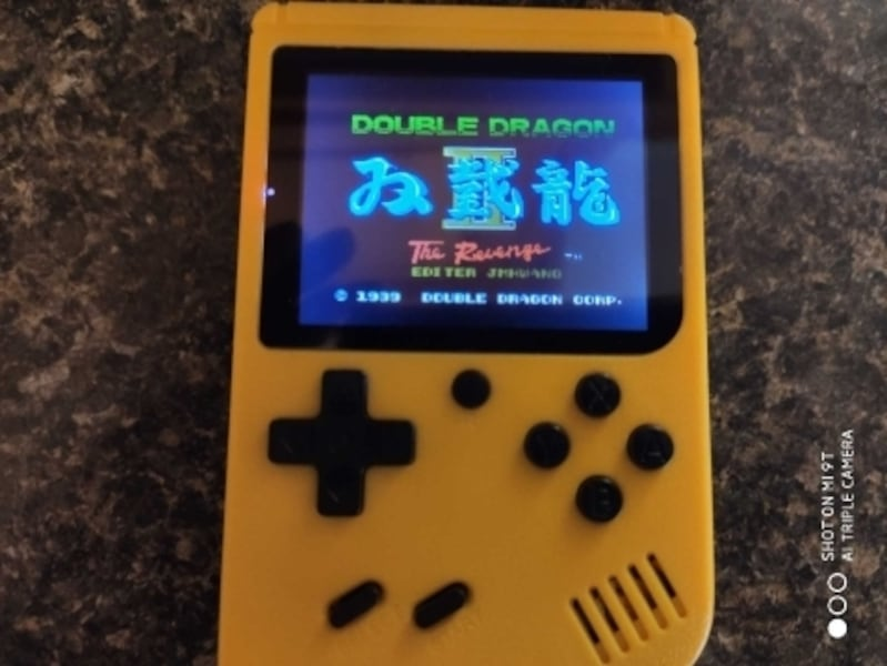 Mini Gameboy with 400 games built in 4a633ab1-c2cc-463c-9316-4362b0a3ce96