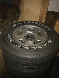2000 silverado stock wheels. With 2 extra tires Bowie