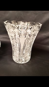 Fine Crystal Vase in new condition , ser all pictıres  Richmond Hill, L4C 9S5