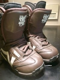 Vans Snowboard boots - womans size 5 Burnaby, V3N 4W2