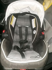 baby's black and gray car seat Crofton, 21114